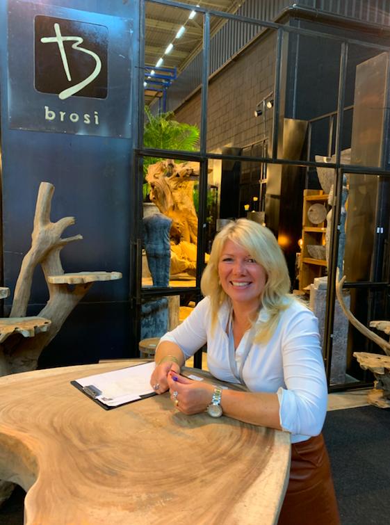 Ankie van Brosi, uit Oldenzaal, kijkt tevreden.