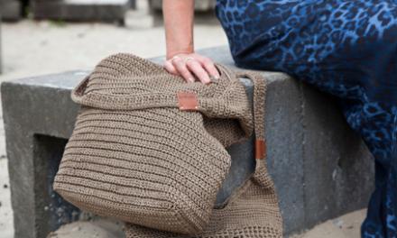 BAYUXX lanceert gehaakte, fair trade tassen