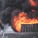 Enorme brand bij Intratruin in Lisse